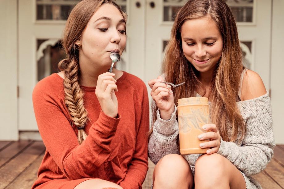 Почему американцы любят арахисовую пасту? Вред и польза масла из арахиса, мнение диетолога