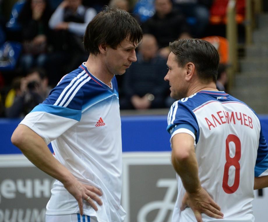 ایگور Titov و دیمیتری Alenichev