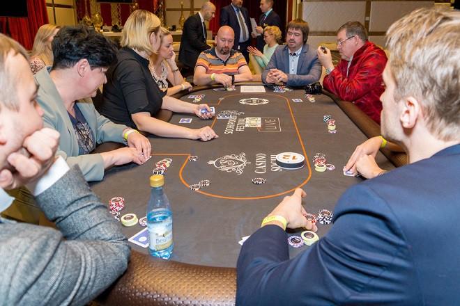 В «Казино Сочи» состоялся покерный турнир среди представителей СМИ