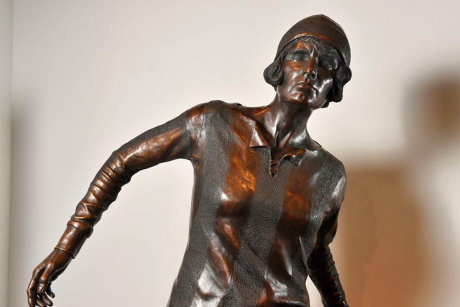 100 лет назад женская команда установила рекорд. Спустя год девушкам запретили играть