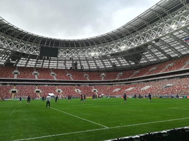 Сборная Бразилии перед матчем с Россией проводит тренировку в полном составе