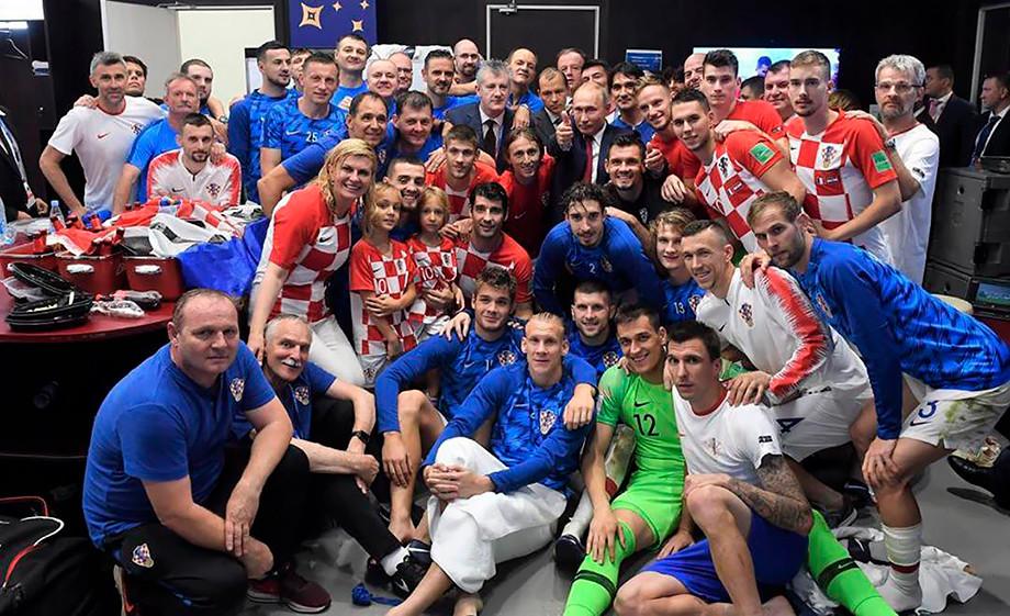 Владимир Путин в раздевалке сборной Хорватии. Чемпионат мира-2018
