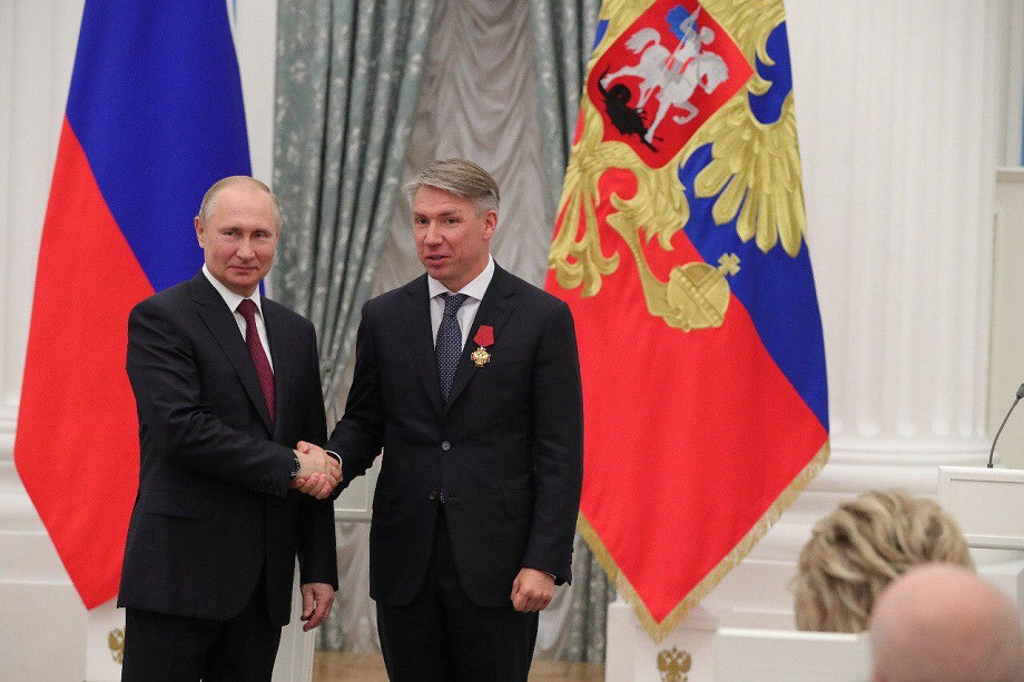 Алексей Сорокин получил награду из рук Владимира Путина