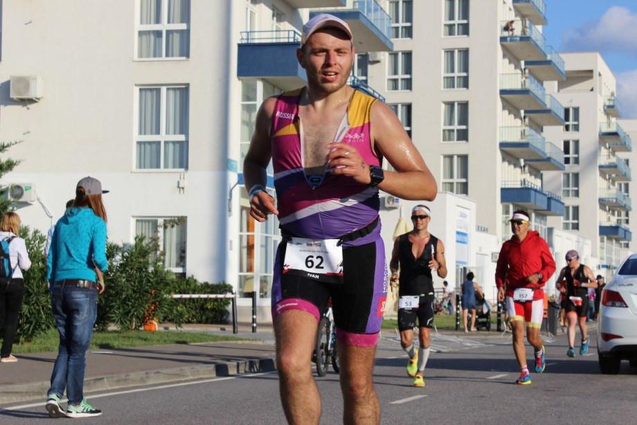 Иван Серебряков бежит Ironstar