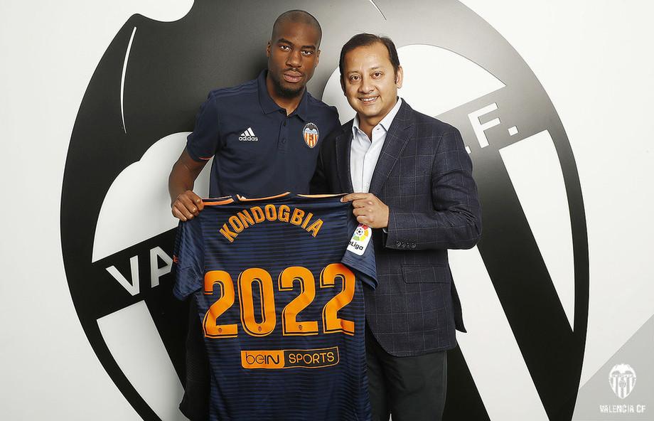 «Валенсия» выкупила Кондогбиа у «Интера»