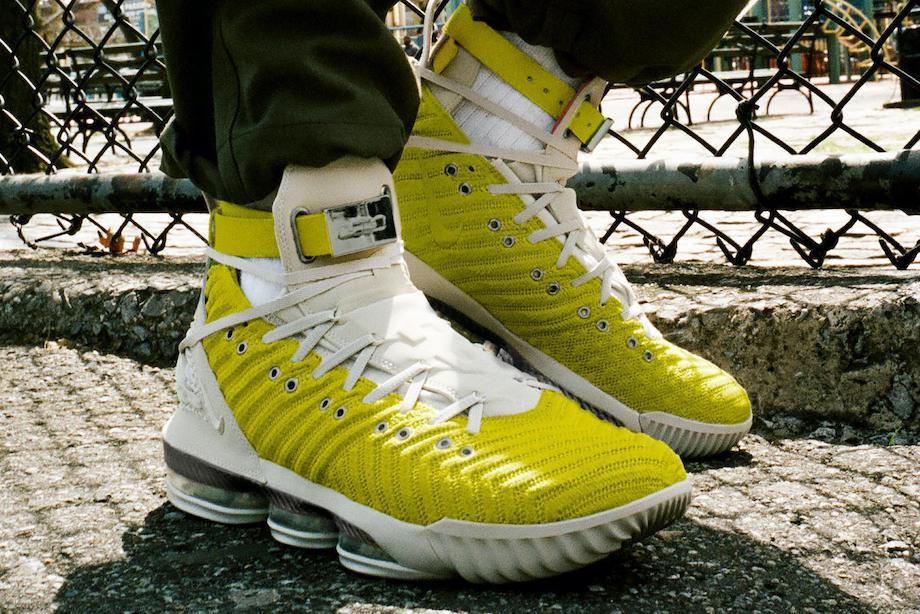 Эволюция кроссовок Леброна Джеймса за 11 лет, фото. Сотрудничество с Nike