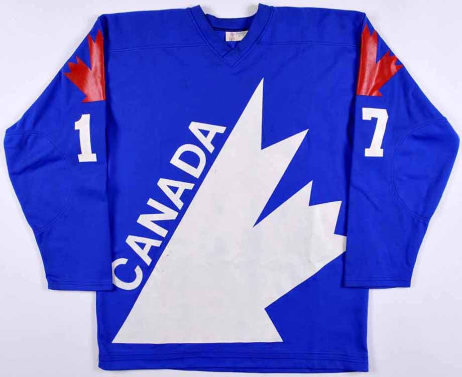 16-летний Гретцки узнал, что такое советский хоккей. Знатный камбэк СССР дома у канадцев