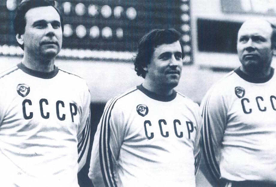 Манеж ЦСКА. Сборная СССР (ветераны). Михаил Гершкович, Валентин Иванов (слева), и Эдуард Стрельцов. 1980-е