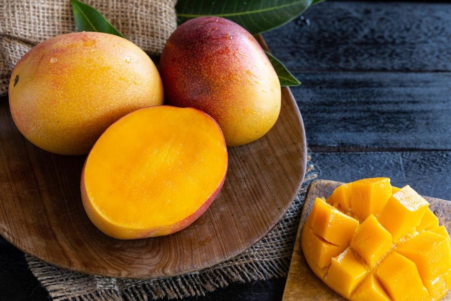 Почему нельзя есть слишком много фруктов? Рекордсмены по содержанию сахара