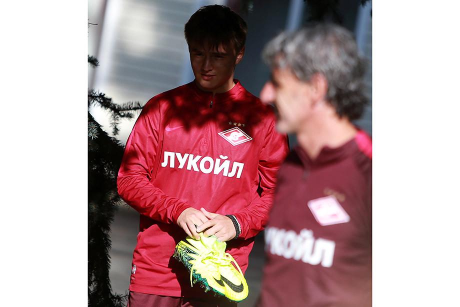 Его называли «русским Месси» и будущим сборной. Как Денис Давыдов докатился до ФНЛ