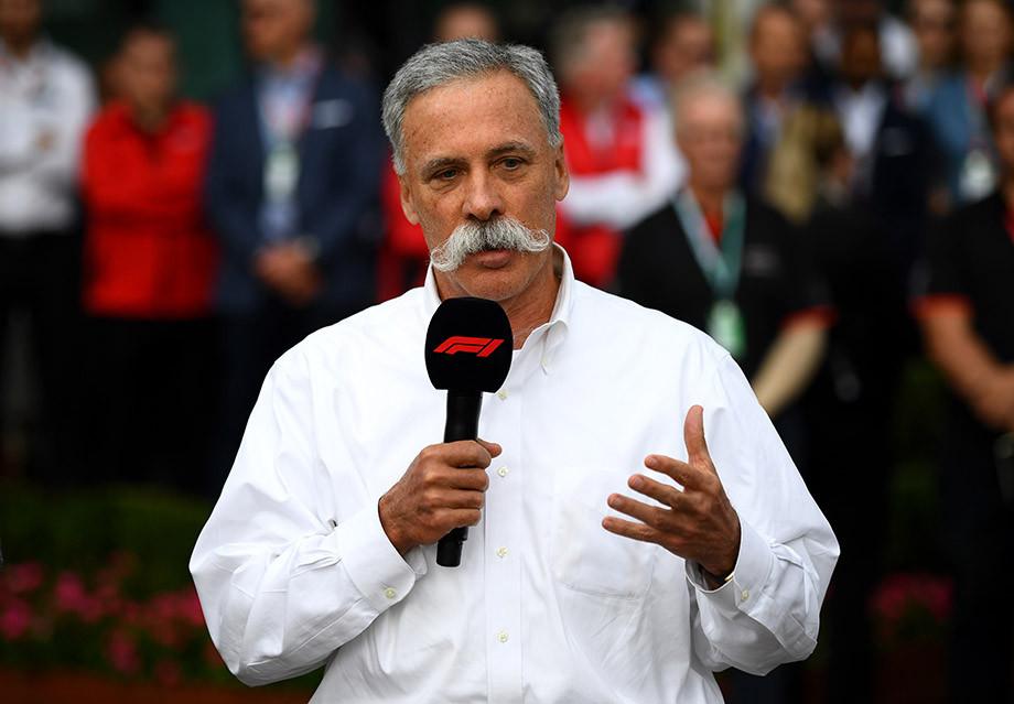 Чейз Кэри сообщает болельщикам об отмене Гран-при Австралии