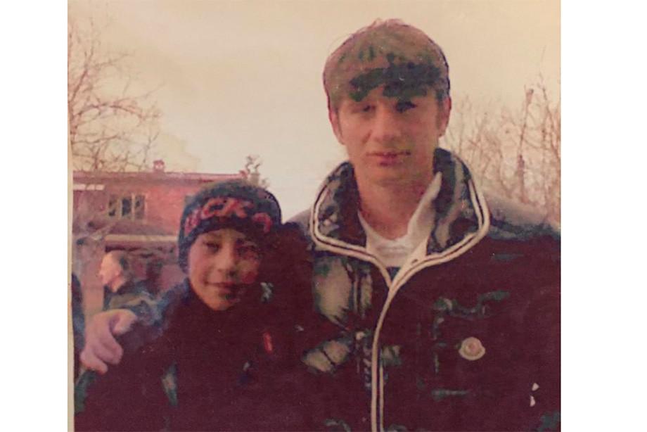 Юный Татаев с любимцем Осетии Аланом Дзагоевым