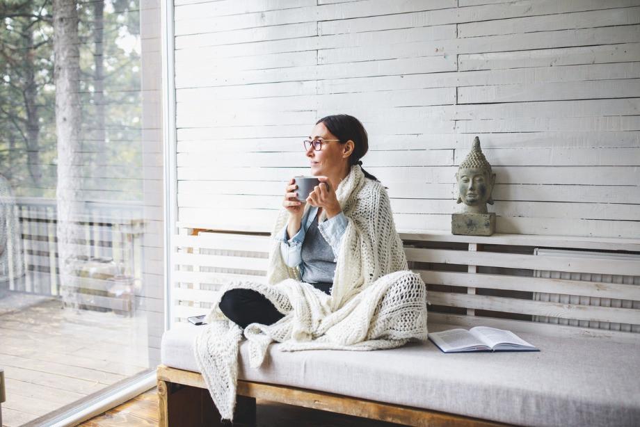 Как правильно медитировать? Позы, дыхание, мысли, советы практика