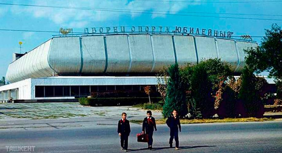 Хоккей в Узбекистане. Мечтают о КХЛ и помнят зарубы с «Салаватом Юлаевым»