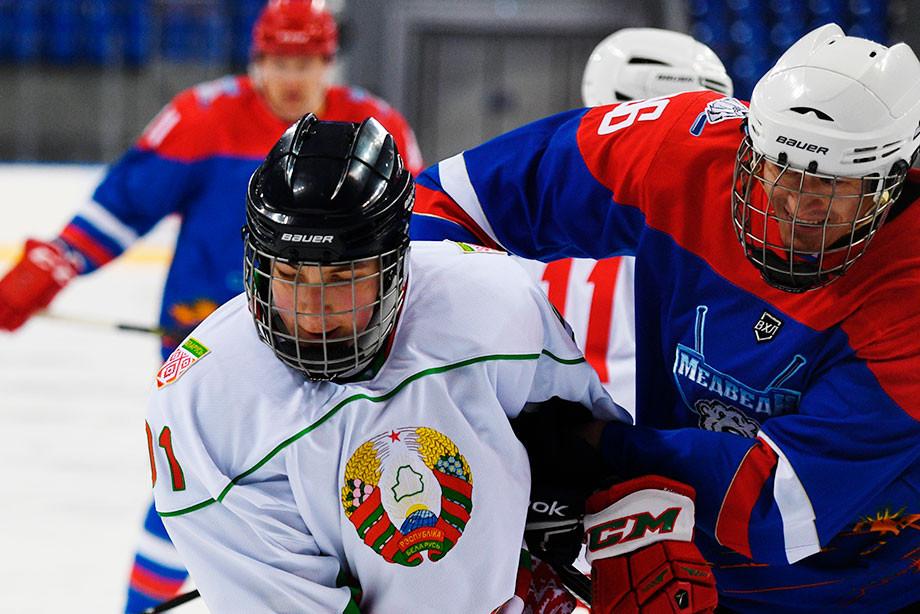 500 долларов, банкротство и битва за место в КХЛ. Что придумали в Беларуси?