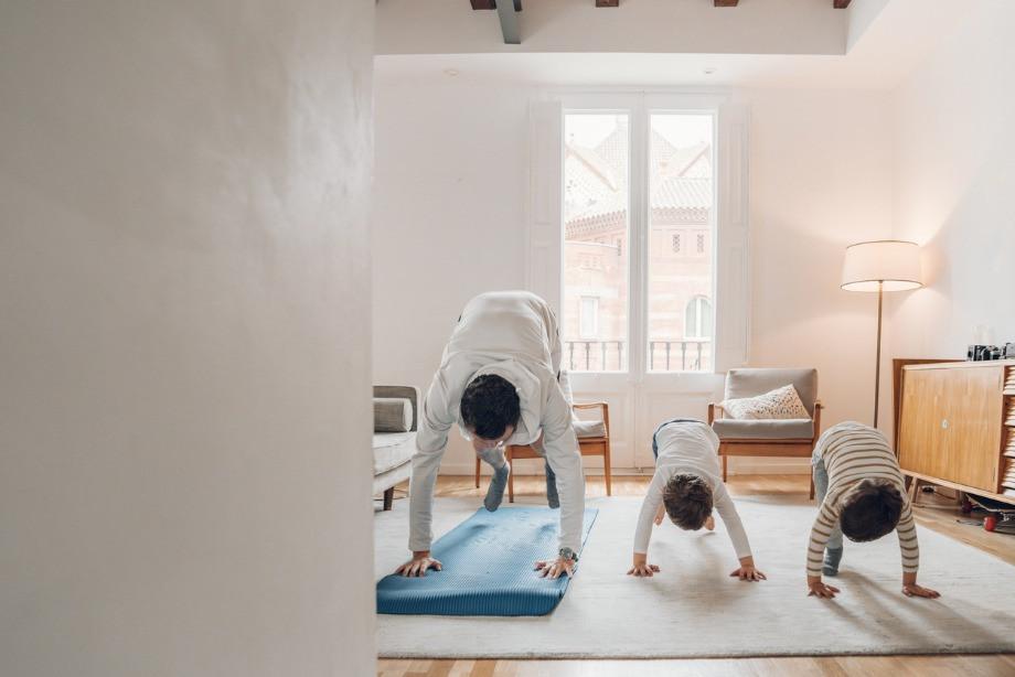 Чем йога полезна для мужчин? Рекомендации профессионального спортсмена