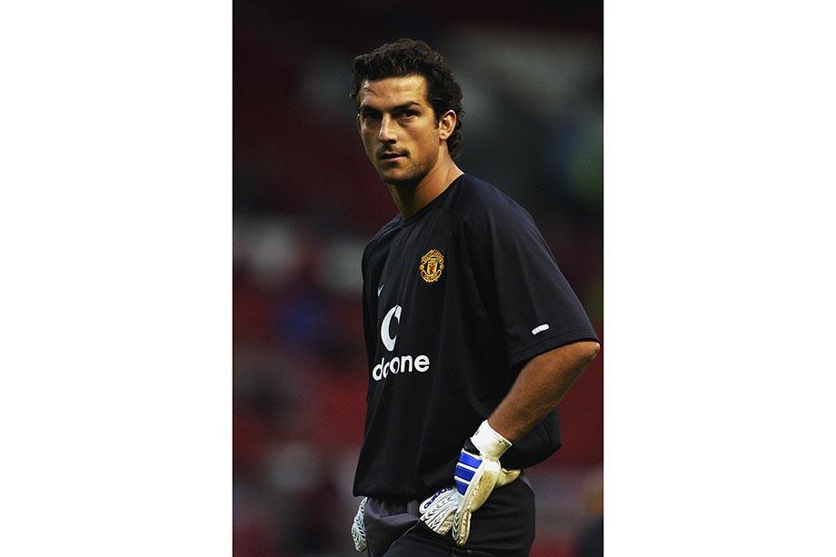 Игроки, которые испортили карьеру в «Манчестер Юнайтед»: Санчес, Мхитарян, Форлан