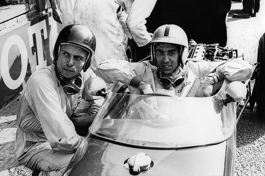 Джим Кларк и Алан Стейси перед стартом Гран-при Бельгии