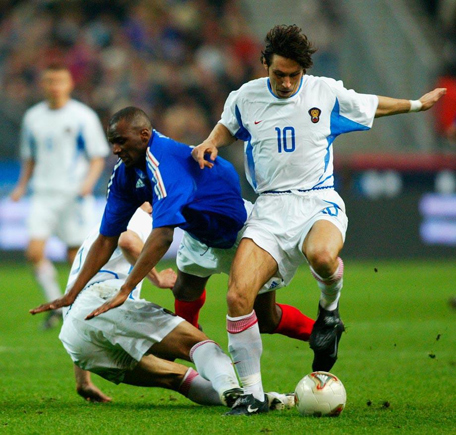 Футбол, Франция — Россия, 2002 год, потасовка в товарищеском матче сборных