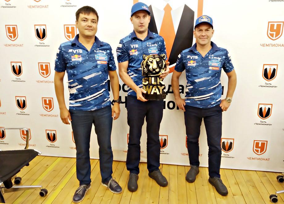 Эрик Хайруллин и пилоты «КАМАЗ-мастера» в гостях у «Чемпионата»