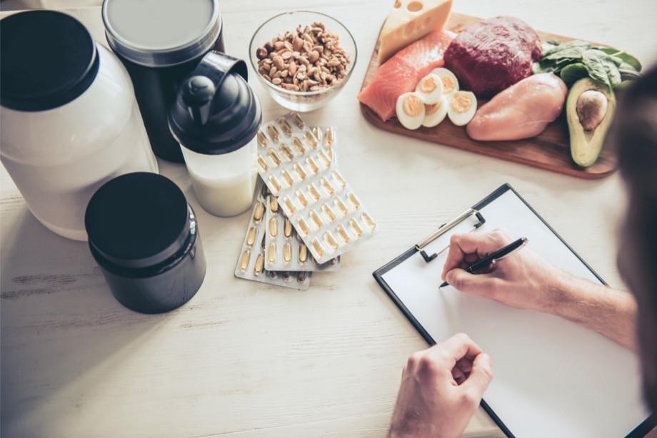 Зачем нужны протеиновые коктейли? Польза для мышц, разновидности, побочные эффекты