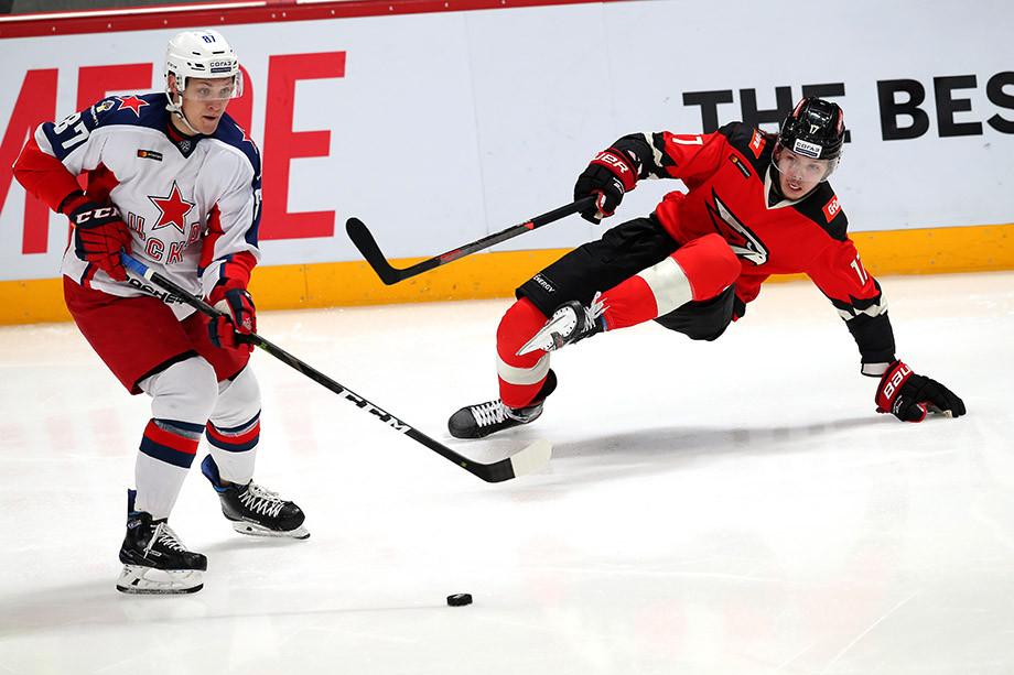 Щербак хотел вернуться в НХЛ, а попал в АХЛ. Какие перспективы у хоккеиста в Америке?