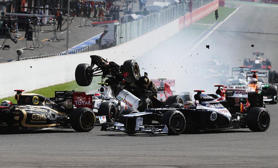 Завал на старте Гран-при Бельгии — 2012