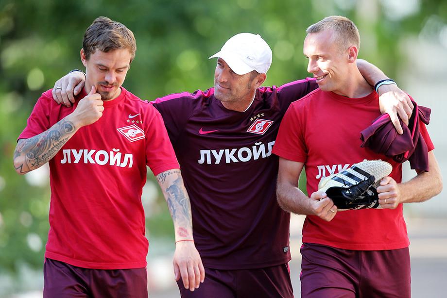 Ещенко, Карерра и Глушаков