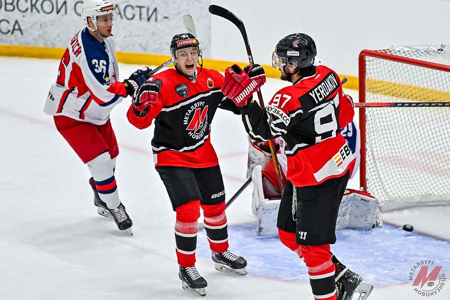 Новокузнецкий «Металлург» может остаться без домашних матчей в плей-офф, в Новокузнецке проблемы с ремонтом арены