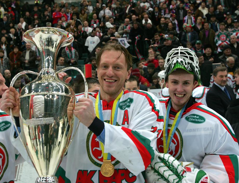 Мика Норонен (справа)