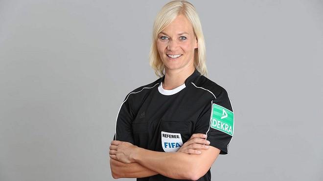 Первой женщиной-арбитром в германской бундеслиге будет Бибиана Штайнхаус