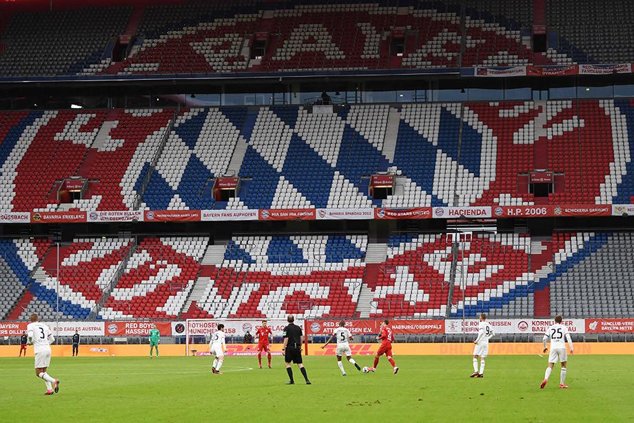 Потрясающий матч в Мюнхене! Защитник гостей сделал дубль, но «Баварию» было не остановить