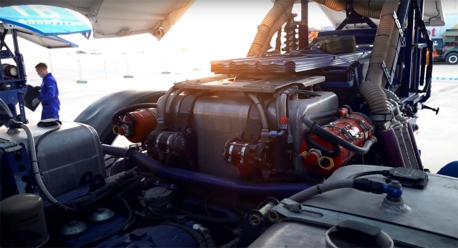 Как устроен чемпионский грузовик «КАМАЗ-мастера»? Рассказывает лидер «Дакара»