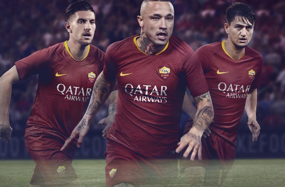 «Рома» представила домашнюю форму на следующий сезон
