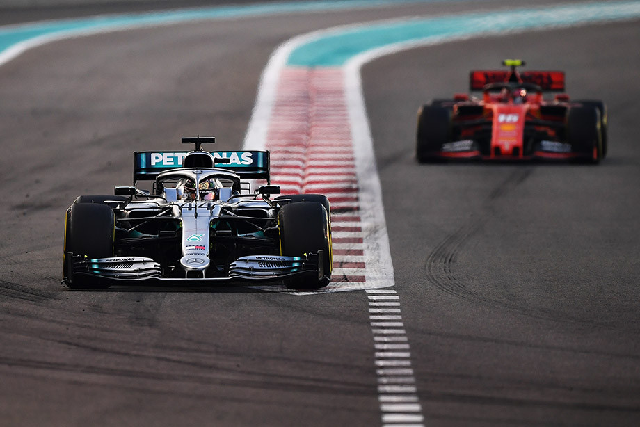 Льюис Хэмилтон и Шарль Леклер на Гран-при Абу-Даби-2019