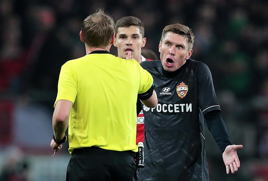 Кирилл Набабкин (справа)