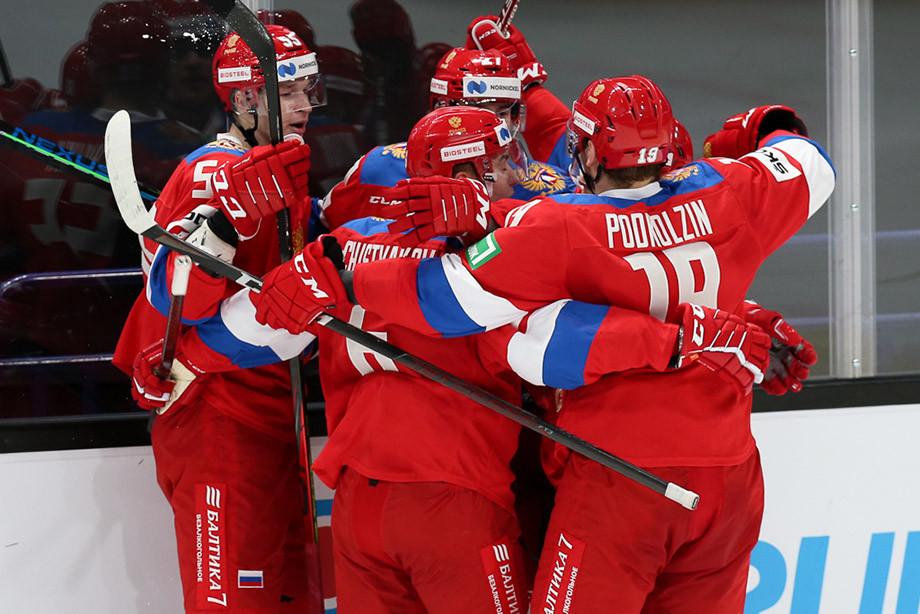 Россия спасла матч за минуту до сирены! Что теперь напишут наглые шведские СМИ?