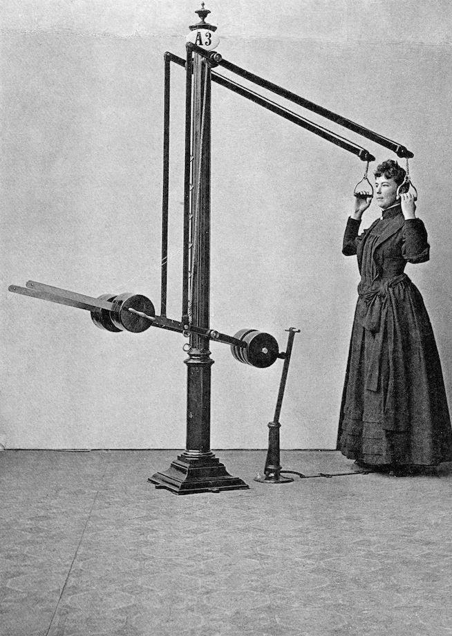 Как выглядели тренажёры для фитнеса 100 лет назад? Фото