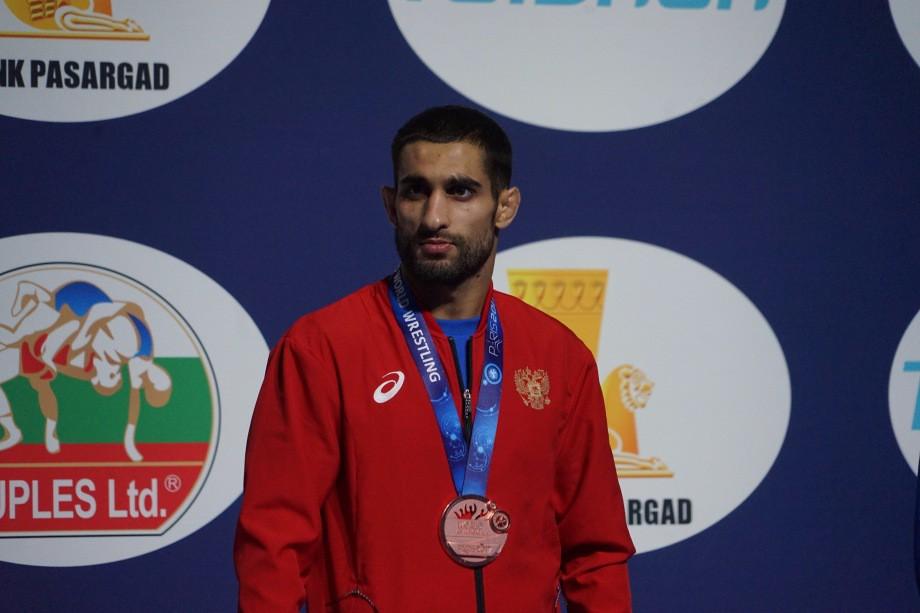 Степан Марянян с бронзовой медалью