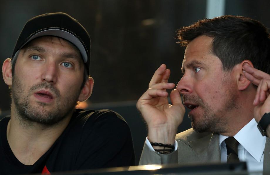 В 2005 году Овечкин мог не уехать в НХЛ. Он обиделся на «Динамо» и хотел играть в Омске