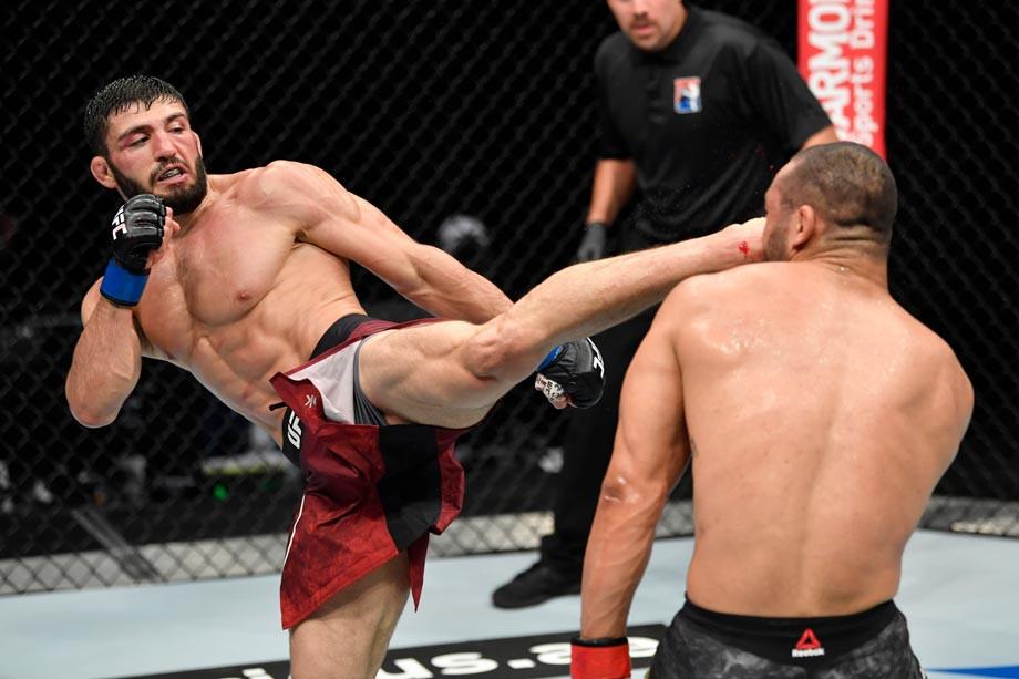 Эксклюзивное интервью с Арманом Царукяном перед UFC 257 24 января 2021