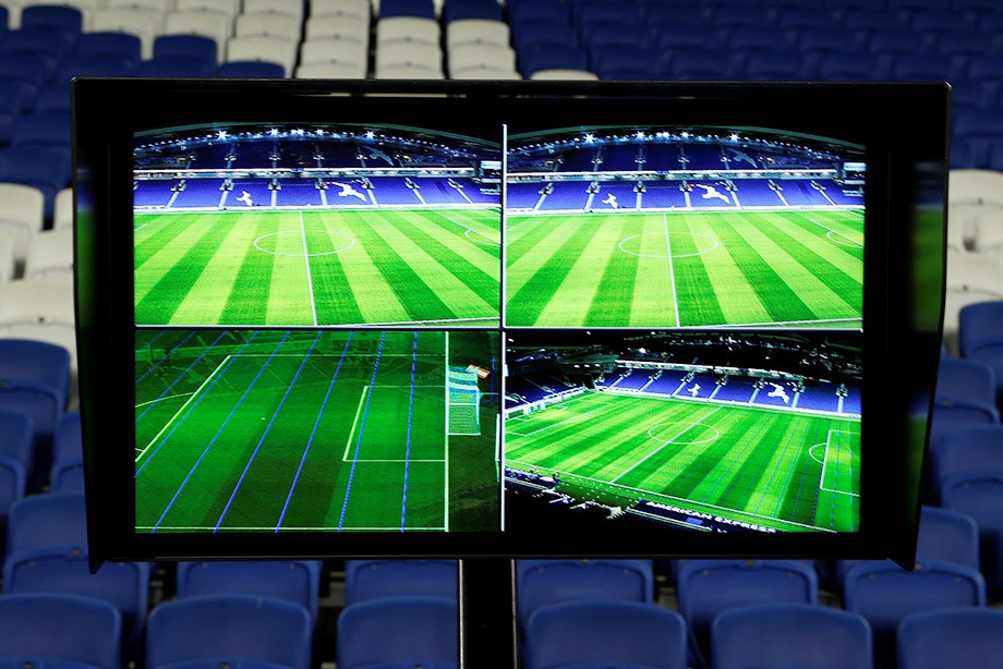 «NO WAR! DO VAR». In the homeland of football surrendered to new technologies