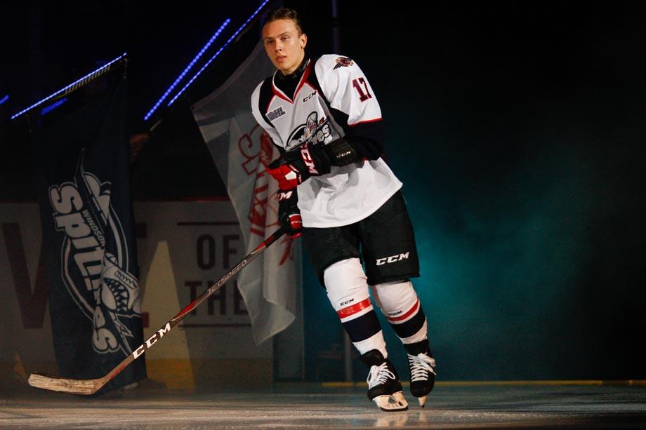 Год назад Ларионов говорил о коррупции в нашем хоккее. А сейчас его сына взяли в клуб КХЛ