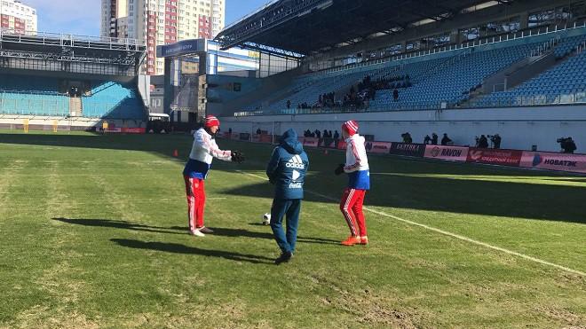 Дзагоев не принимает участие в тренировке сборной России