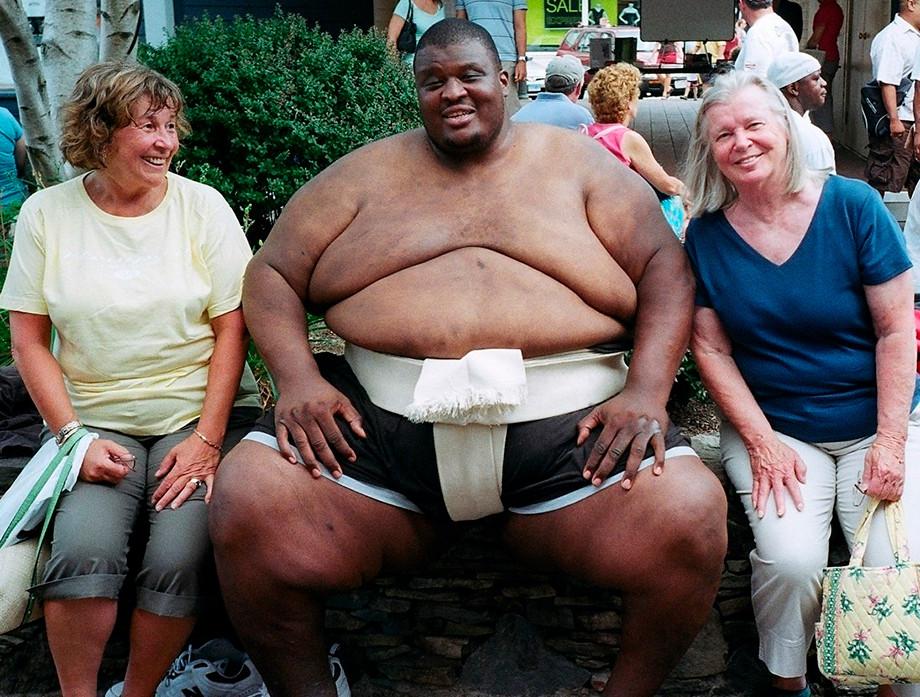 Самый тяжёлый боец в истории спорта — 375 килограммов