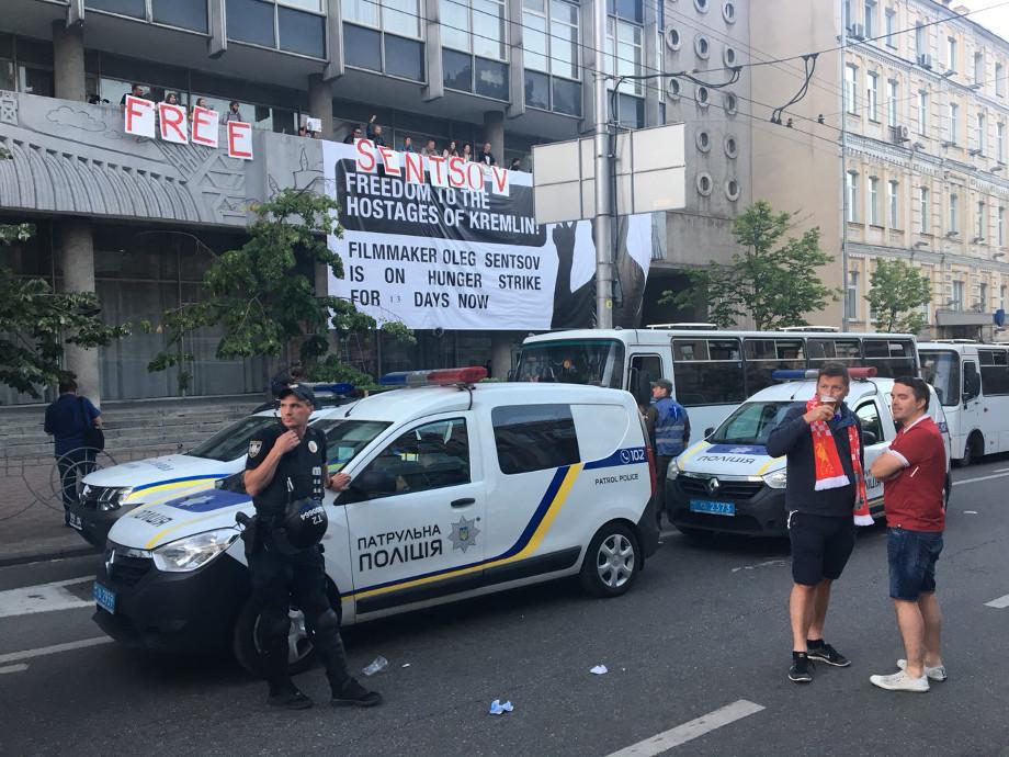 МинюстРФ: Сенцов согласился наподдерживающую терапию вовремя голодовки