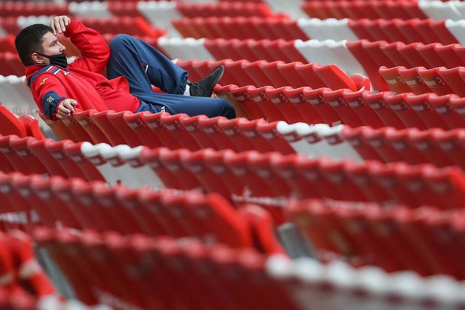 Проблемы нашего футбола: коррупция, высокие зарплаты и лимит. Пишут читатели «Чемпионата»