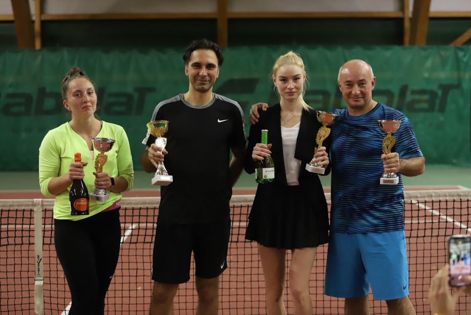 «Играю с 6 лет...» Как две российские теннисистки получили пожизненную дисквалификацию