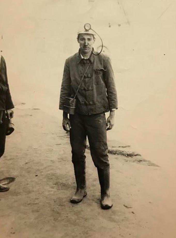 Вячеслав Чанов не понаслышке знает, насколько тяжёл труд шахтёра