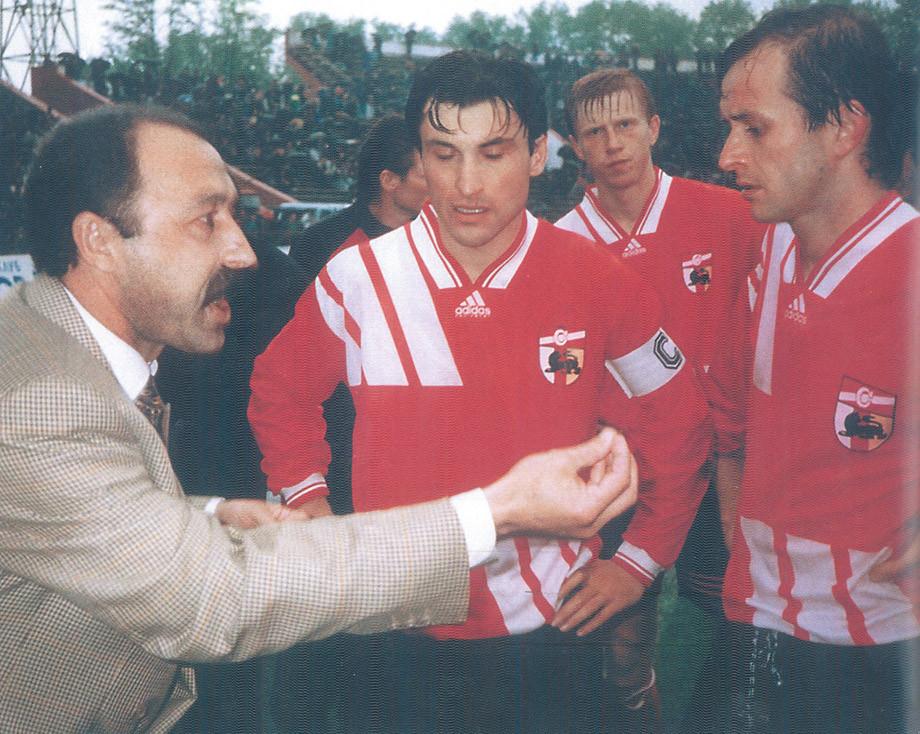 Сколько зарабатывали российские футболисты в 1990-е